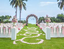 幸福有你 粉色草坪婚礼现场