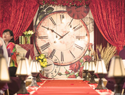 时间决定爱情 室内婚礼现场