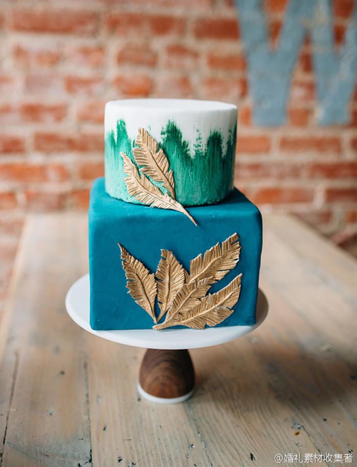 漂亮的蓝色婚礼蛋糕