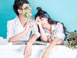 浴缸青春之恋 可爱情人写真