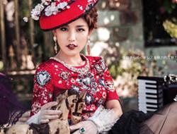时尚芭莎 典雅复古女王