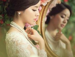 典雅女王 镜中女王