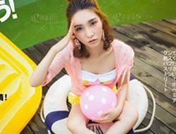 泳池青春 夏日风吹来