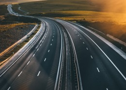 蜿蜒的公路图片(11张)
