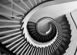螺旋式的楼梯图片(10张)