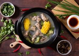 砂锅玉米排骨汤图片(12张)