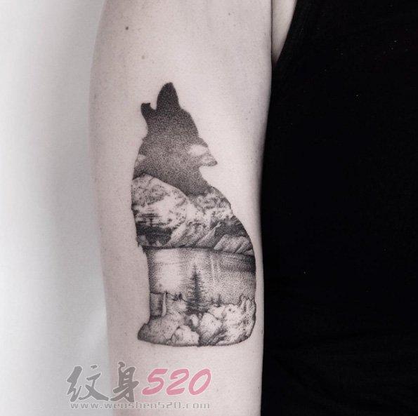 创意个性的黑色素描点刺技巧动物轮廓中的唯美风景纹身图案
