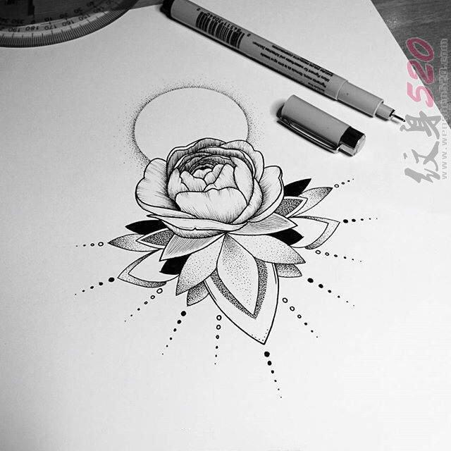 黑色线条素描唯美文艺莲花纹身手稿