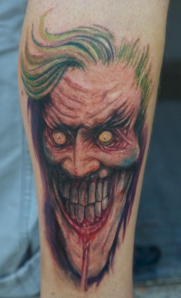 腿部僵尸小丑纹身图片