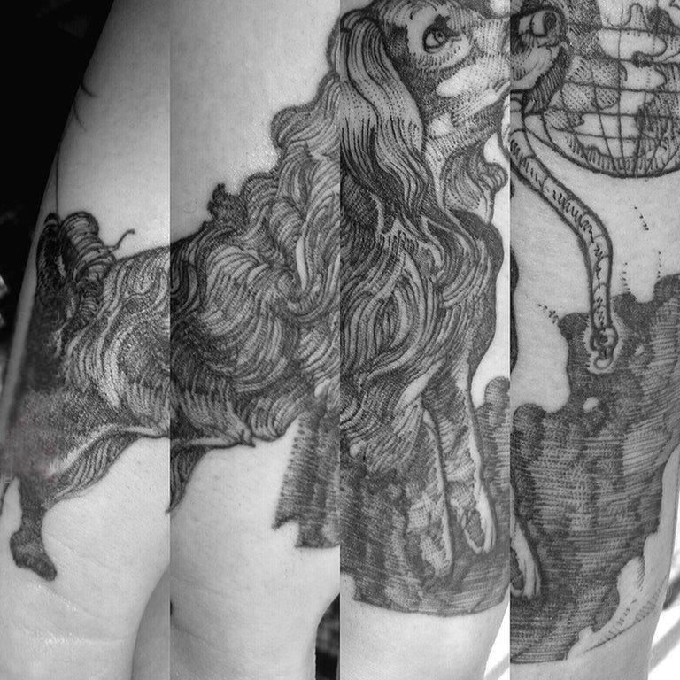 小狗纹身图片 男生手臂上小狗纹身图片