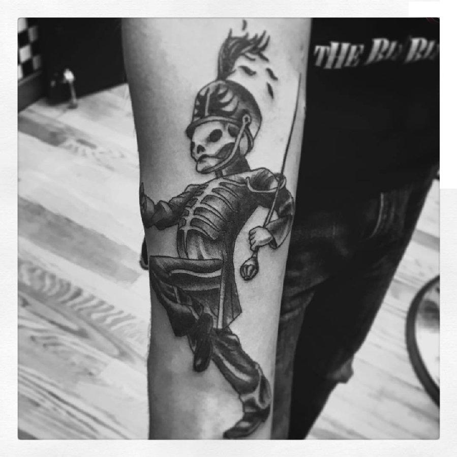 骷髅纹身 男生手臂上骷髅纹身图片