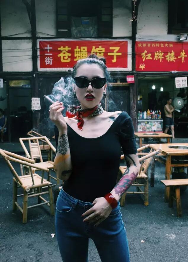 漂亮的性感美女纹身图案