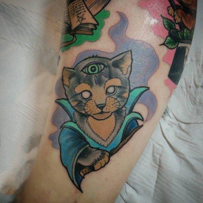 猫咪纹身图案  乖巧可爱的猫咪纹身图案