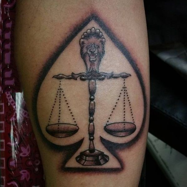 天秤座纹身 个性的星座天秤座纹身图案