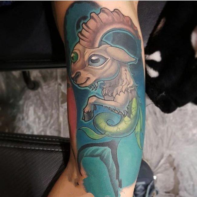 摩羯座纹身图案   设计感十足的摩羯座纹身图案