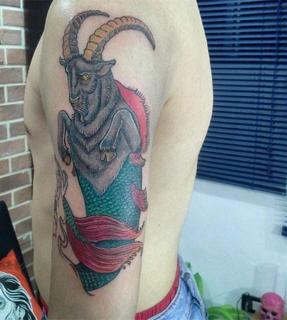摩羯座纹身图案  技巧性十足的摩羯座纹身图案
