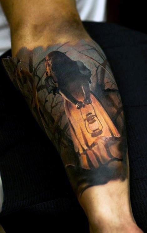 手臂上纹身图案   炫酷的男生手臂上纹身图案