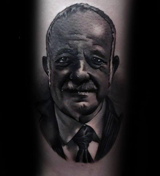 人物肖像纹身   多款神态自然的人物肖像纹身图案