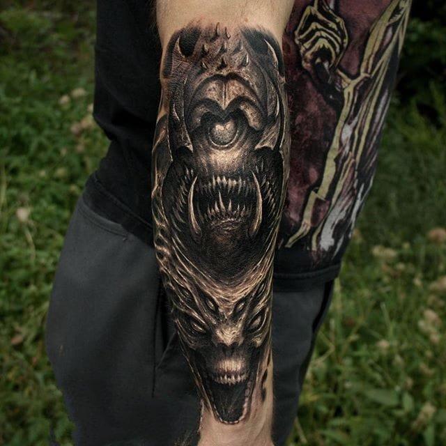点刺纹身图案-黑灰素描点刺技巧创意灰色恐怖主义经典纹身图案