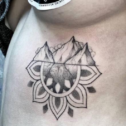 一组黑色点刺线条纹身图案欣赏