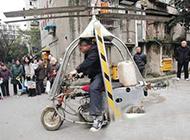 三轮摩托也能变身成直升飞机