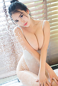 g奶女神杨依浴室诱惑顶级人体艺术照
