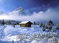 高耸雪山白色雄壮唯美图片