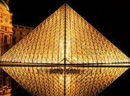 卢浮宫金字塔迷人夜景图片