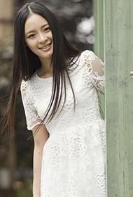 李莎旻子甜美夏日时尚造型街拍