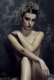 顶级意境欧美人体艺术图片