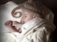 唯美纯真熟睡中的可爱萌宝宝高清图片