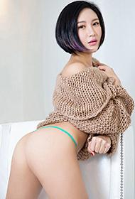 短发女神科妮莉娅豹纹诱惑极品人体艺术写真