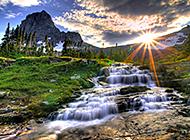 山间湖畔宁静祥和唯美风景图片