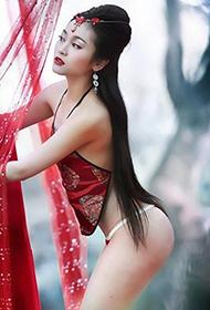 美女演绎古典风情人体艺术写真