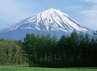 日本富士山春天风景高清壁纸