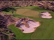 蓝天白云下的高尔夫球场组图
