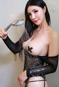 御姐顾欣怡穿情趣内衣性感人体艺术写真