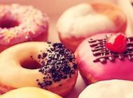 可爱美味甜甜圈图片