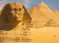 沙漠中的世界名胜古迹 魅力的埃及金字塔