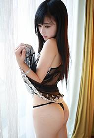 美女Toro羽住肥臀性感人体写真