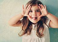 童真快乐的可爱小女孩图集