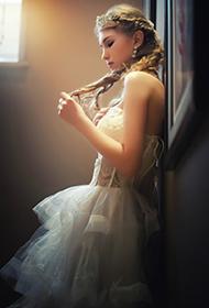 欧美美女唯美婚纱人体拍摄图片