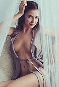 欧美美女最大胆人体艺术图片
