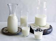 牛奶图片浓香幼滑