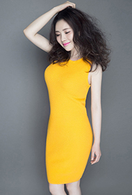 女神孟茜黄色紧身裙尽显凹凸身姿