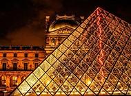 法国卢浮宫玻璃金字塔图片大全