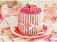 粉色甜点图片造型诱人