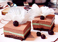 美味的巧克力蛋糕幼滑香甜