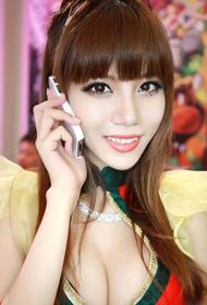 2012 ChinaJoy上可爱又性感的美女们