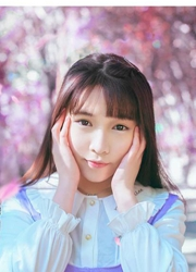 中国清新小女生活力人体艺术照